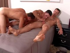 Quentin gainz & 2 Gerade Big Dick Military Friends Bareback