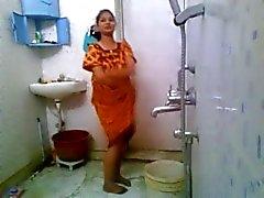 El baño muchacha india nude