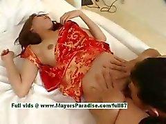 Ayane горячие девчонки подростковый китайской модели имеет получают киску потрогал и лизал
