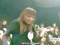 Ondertiteld gigantische Japanse CFNM pijpbeurt round robin