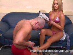 Aleska Diamond in bikini attacks her servant's balls