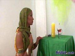 Ана Индийский телка