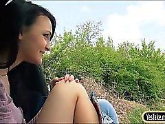 Adolescência vagabunda Belle aumentos de engate e de cravado a pau grosso