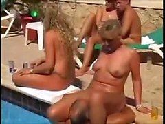 Välkommen till poolfest