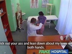 FakeHospital Sexy brunette apprend que seul coq dur peut la guérir