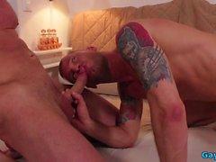 Big Dick Bottom Flip Flop und Cumshot