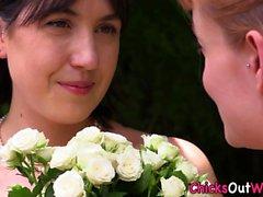 Pissing aussie les Braut