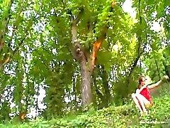 Natasha skog flicka från Europa