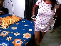 Intialaisten Shilpa Bhabhi Pussy licked Masturbaatio