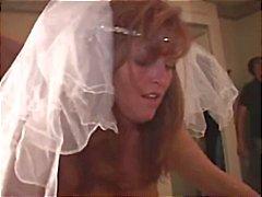 Braut heiratet von der beiden schwarzen Kerle auf ihrer Hochzeitsnacht entbeinten