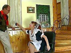 Hausmädchen immer gefickt