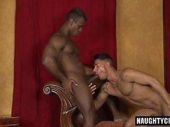 Latin Homosexuell Oralsex mit abspritzen