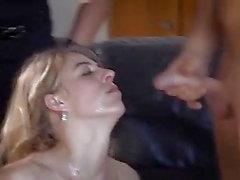 Dominatrice bukkake orgie