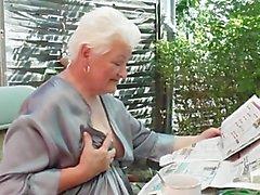 Gisele 74 ans ma grosse pute