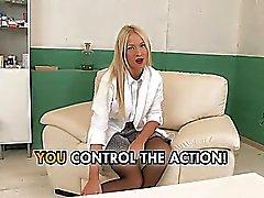 Infirmière femdom joue de ses patients