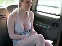 New taksi şoförü yaptığı seksi bir müşteri vurur
