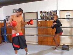 DELFYNN DELAGE - Boxing Ring'de Anal