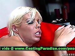 Иордания Blue Блондинку анального ебля и получает в Кончил