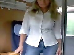 Deutsch blonde gibt mit eines Zuges und viel mehr