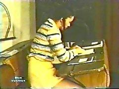 European Peepshow Loops 162 1970s - Scene 1
