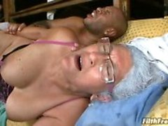 Granny gives a great bj then fucks!
