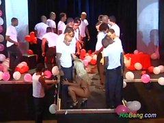brazilian anniversaire gangbang orgie