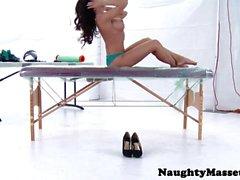 Bigtitted massage client Capri Cavanni fucked