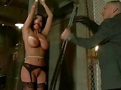 Anissa Kate Kavurma Tied Up mı ...