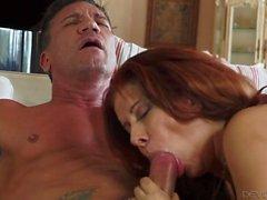 des rapports sexuels Extrême avec immense nichons maturité latine Nicky de Ferrari