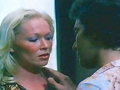 Jessie St James, John Leslie - Talk Dirty To Me