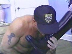 İyi Olan Polis Domination