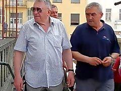 sokaklara on 16 Yaşlı adamlar