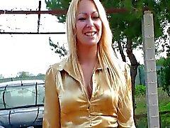 Blond mogen jävla anal och avsugning