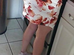 Gilf milf wife Rosa's booty OMG!!!!!