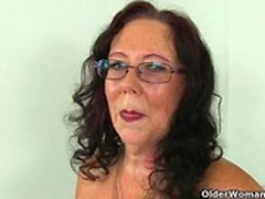 British mature secretaries Lulu Lush and Zadi strip off