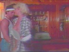Frank James inom kyss damen draken platsen slutlig