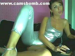 Beautiful Webcam Girl Live Show - camsbomb