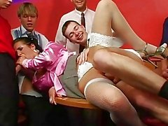 Arousing Kamy Andrews Gets Showe...