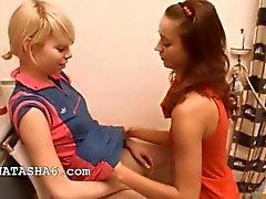 Natacha et de qu'Alice aiment les filles affectueuses