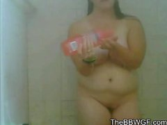 Chubby Plumper Ex GF shaving her Pussy during her shower