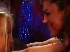 Meilleur Scène lesbienne agressif de tous les temps (Bonnie Rotten & Jesse Jane)