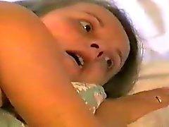 Embarazado la mujerzuela tomar de botella en el culo