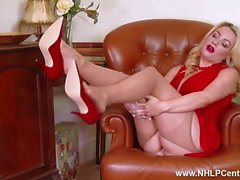 Big tits babe teases in crotchless nude pantyhose red heels