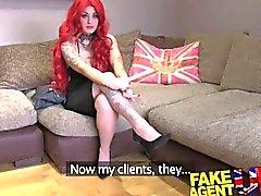 FakeAgentUK casting couch amateur de se creampied contre le ouverte