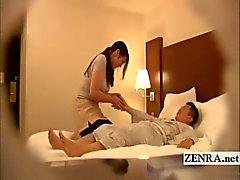 Subtitled japanska milf masseusen oanständigt hotell massage