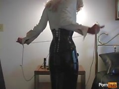 Sexy latex mistress dominate her latex maid slave !!! bonadage and clean