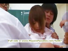De Akiho professeur de chinois innocence Yoshizawa le fait Blowjob