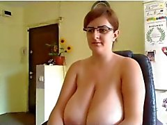 Huge Tits MILF cam