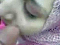Arab girl in hijab blowjob