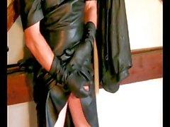 kadınlar için deri giysi ile okşayan